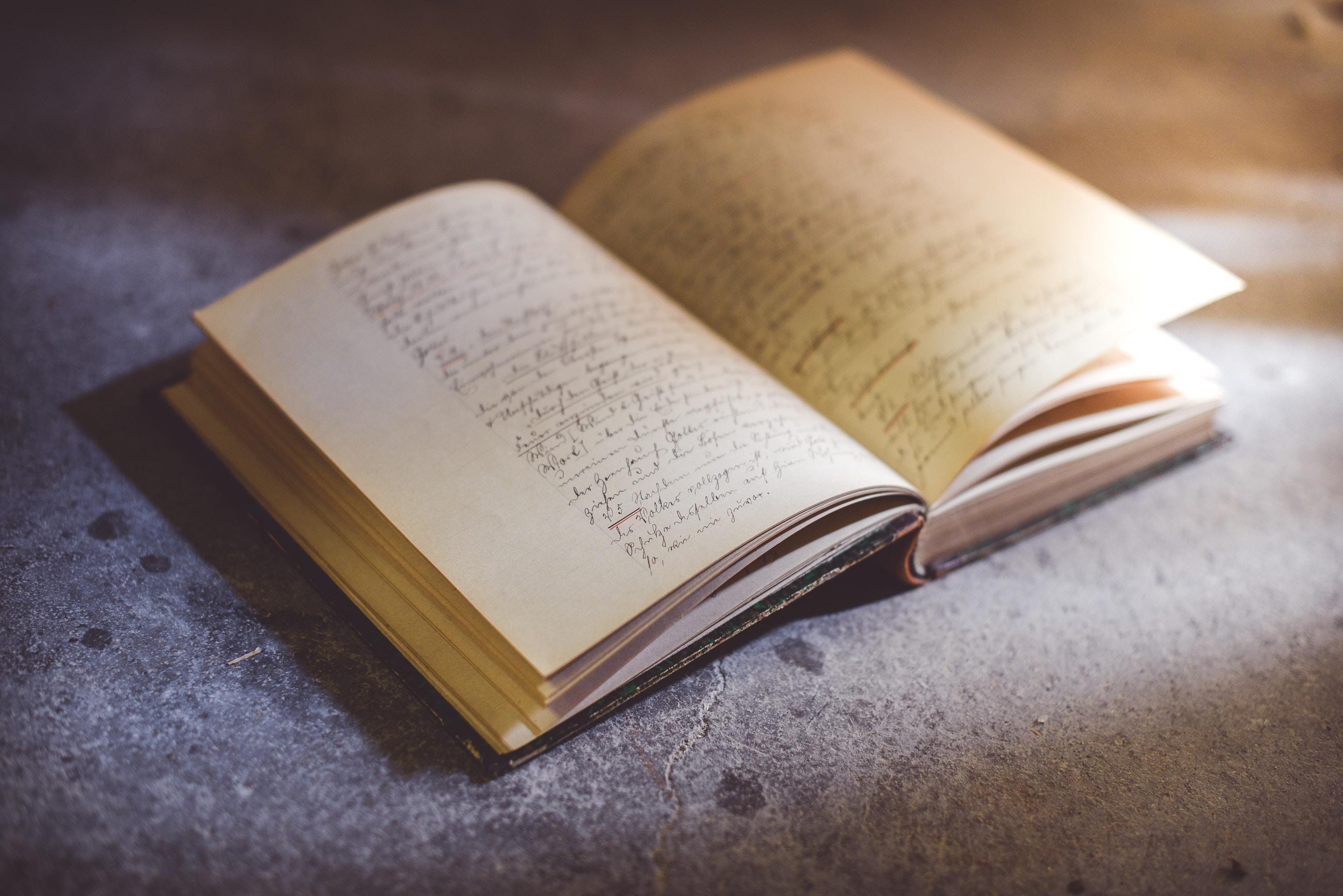 [Guest post] De ce nu-mi mai vine să citesc cărțile traduse din engleză de români.