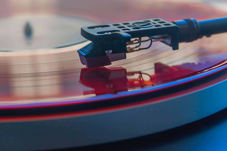 3 recomandări de la ECM Records