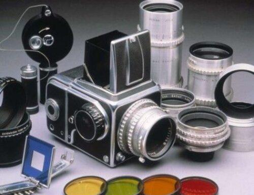 Patru aparate foto pentru colecționari